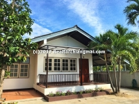 Single Storey House for rent on Charoen Rat Rd. Chiangmai, Thailand.