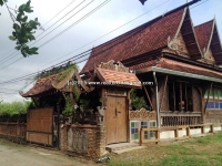 Old Lanna Style house for rent near Chiang Mai International Airport, Chaingmai, Thailand