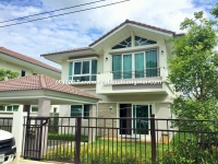 Modern House For Rent  in San Kamphaeng, Chiangmai, Thailand.