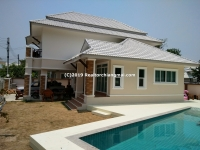 Double Storey House with Swimming Pool for rent in San Kamphaeng, Chiang Mai.