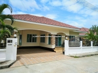 Single storey house within the project for rent in San Kamphaeng, Chiangmai