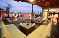 Beautiful 6 Bedroom Pool Villa in Upscale Gated Community near Central Festival