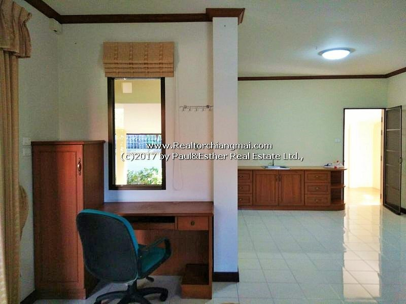 A Large Single-Storey house for sale in Rung Arun 3, Hang Dong, Chiangmai
