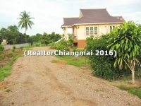 House for sale with land 2 rai with furniture in Mae Taeng Chiangmai Thailand