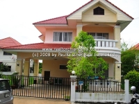 2 Storey House with spacious area for rent in Sansai, Chiangmai, Thailand