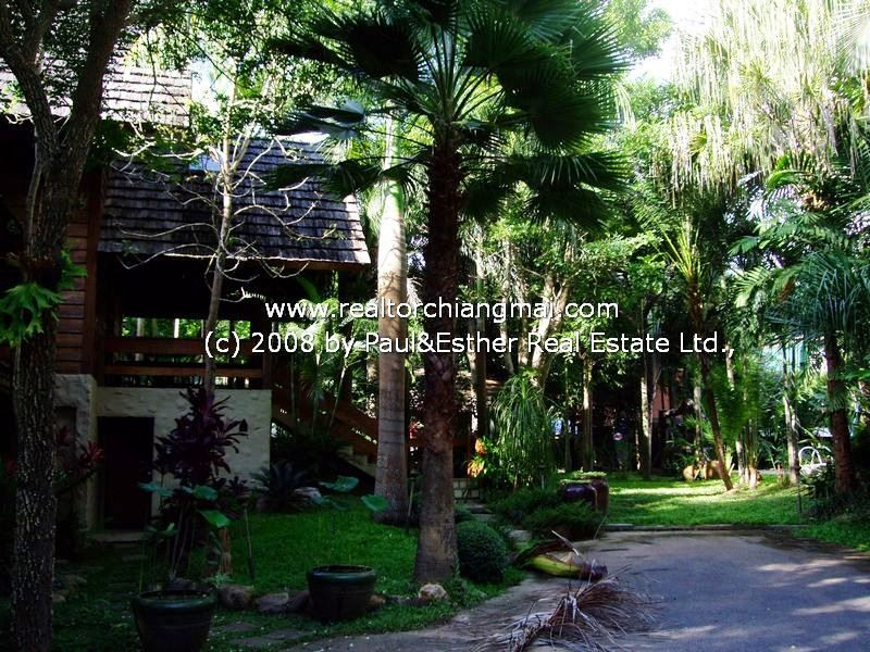 Lanna Resort  house with private swimming pool for RENT in Chiangmai,Thailand.