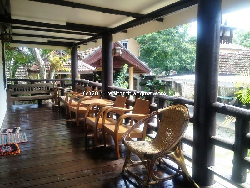 Antique Lanna house  for rent in Chiangmai Thailand.