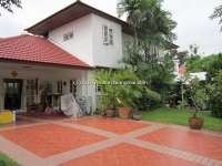 House for rent close to Chiangmai City, 3-5 minute drive to Airport