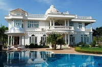 Luxurious house with pool for sale in Green Valley Golf Course in Mae Rim, Chiangmai
