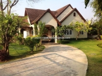 Lovely English Country House for Rent in Sanpatong in Chiang Mai, Thailand .