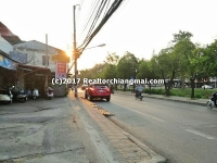 Land for Sale with 5 commercial buildings and 4 houses in Chiang Mai Gate.