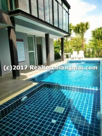 3 Storey Townhome for rent Close to Super Highway Rd. Chiang Mai.